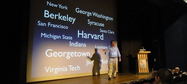 1024px-Frank_Schulenburg_giving_a_presentation_at_Wikimania_2011